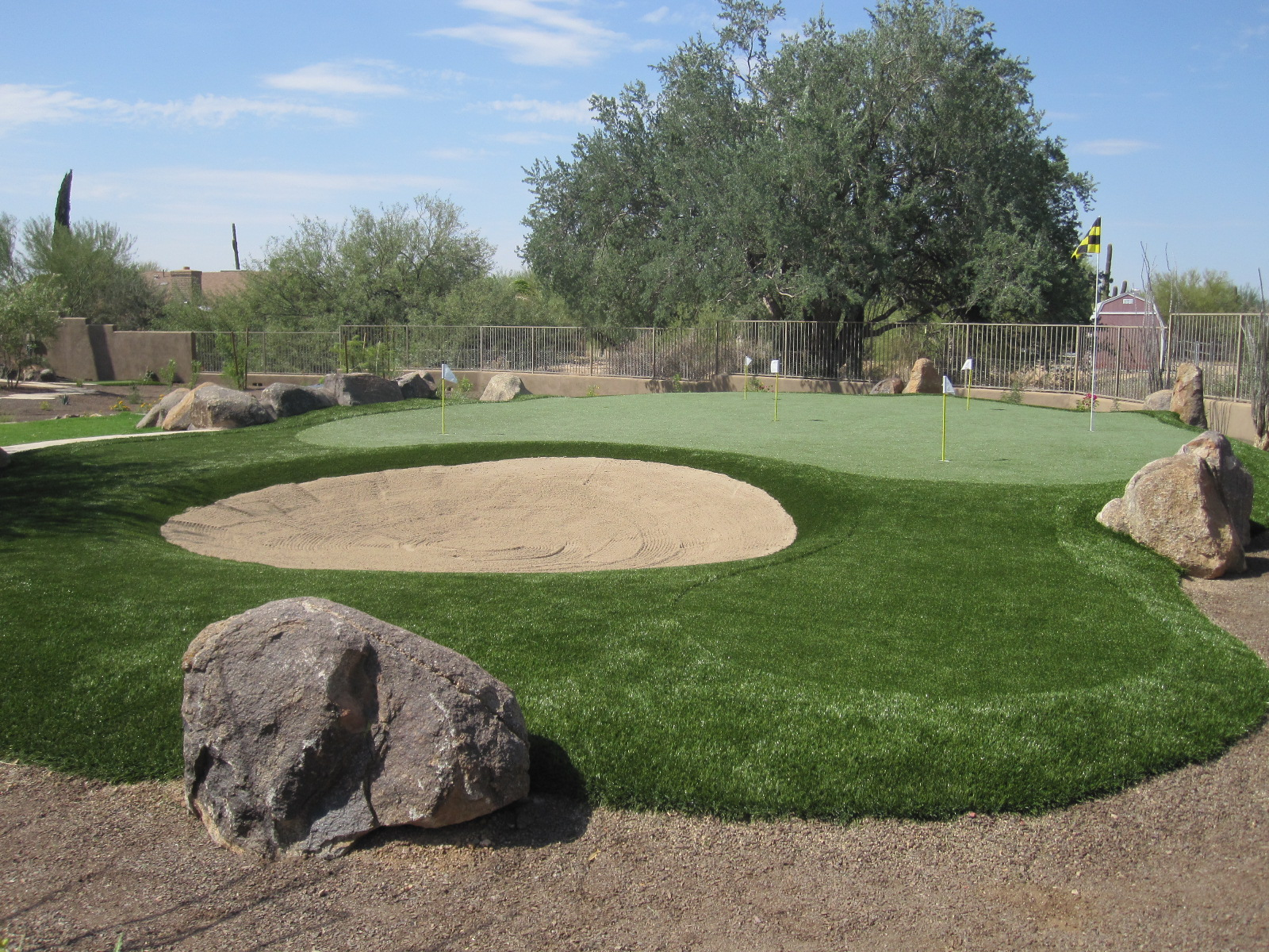 cusom backyard putting green southwest greens of the valley